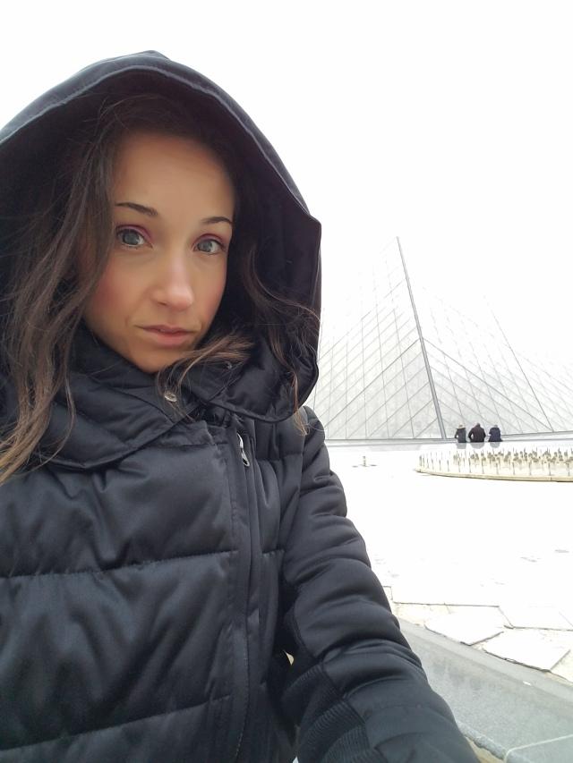 Louvre Selfie
